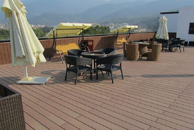 The reason of choosing PVC yacht teak flooring as the material